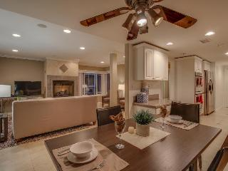 Gorgeous contemporary condo just steps from the beach! - Newport Beach vacation rentals