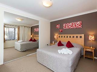 ***AUD175nt October 15-19th SUPER Special*** - Perth vacation rentals