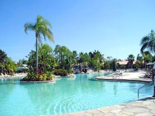 PARADISE FOUND! LAKEFRONT FIRST FLOOR CONDO - Naples vacation rentals