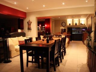 Upmarket,  3x  ensuite bedroom Guesthouse - Graskop vacation rentals