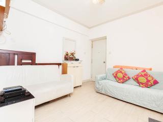 Warm Apartment at Ladies Market with 2 Bedrooms - Hong Kong vacation rentals