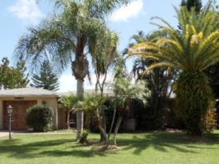 2 Bedroom 2 bath house on Golf course - South Florida vacation rentals