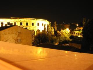 Apartement Istarska - Pula vacation rentals