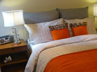 SUPERB DeLUXE WESTEND 4bed/3bath BRIGHT CLEAN BIG - London vacation rentals