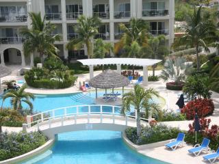 Luxury 3 BDRM/3 Bath Penthouse, Atrium Resort - Providenciales vacation rentals