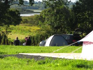 Riverside campsite & self catering accomodation - Carrick-on-Shannon vacation rentals