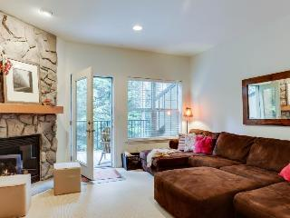 Two-bedroom condo with close ski access, resort amenities! - Government Camp vacation rentals