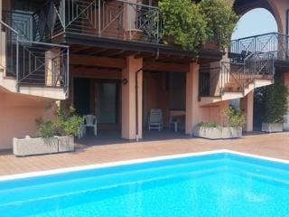 APARTMENT ROMEO DESENZANO D/GARDA - Rivoltella vacation rentals