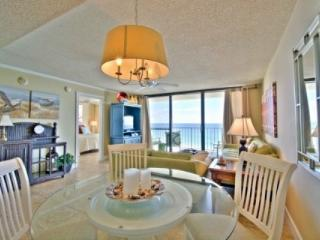 705 One Seagrove Place w/ Courtyard Living - Seagrove Beach vacation rentals