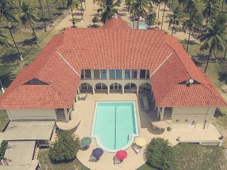 Villa Trinidade, 10 Suites, 2 Pools, sleeps 50 - Sirinhaem vacation rentals
