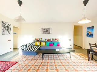 2BR Eixample amazing flat - Barcelona vacation rentals