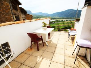 The Lake House - Lleida vacation rentals