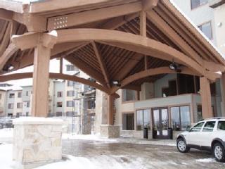 SILVERADO LODGE 2 BED 1257SF DELUXE SUITE & RESORT - Park City vacation rentals