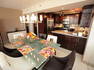 Miami Beach 1421 Corner Deluxe Apartment Suite on Beach - Miami Beach vacation rentals