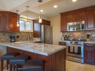 116 39th Street - 3 Bedroom 2 Bath Condo - Newport Beach vacation rentals