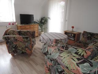 Vacation Apartment in Hoexter - 431 sqft, quiet, central, modern (# 4762) - Hoxter vacation rentals