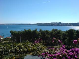 7202  A1(6+2) - Seget Donji - Seget Donji vacation rentals