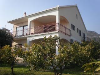 2158  A1(2+2) - Seget Donji - Seget Donji vacation rentals