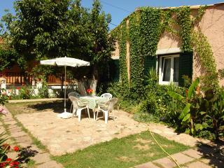 Cottage in Agios Gordios beach 4-5 Persons - Agios Gordios vacation rentals