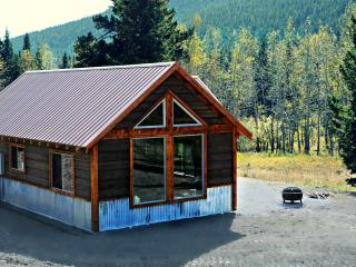 Luxury Cabin on 160 Acres In the Crazy Mountains! - Big Timber vacation rentals