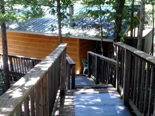 The Bluebird - Pigeon Forge vacation rentals