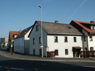 FERIENHAUS NORD-OBERPFALZ, Familie Diener - Waldershof vacation rentals