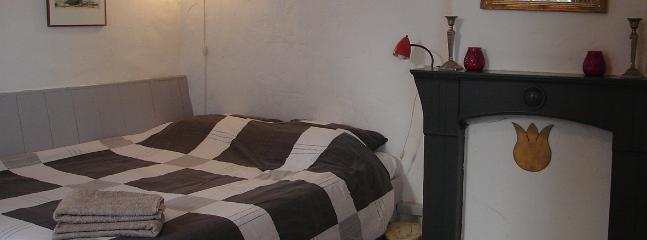 Downtown Guestroom - Image 1 - Amsterdam - rentals