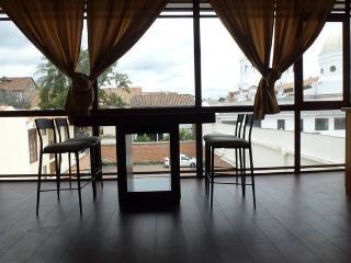 Suite in the center of Cuenca - Cuenca vacation rentals