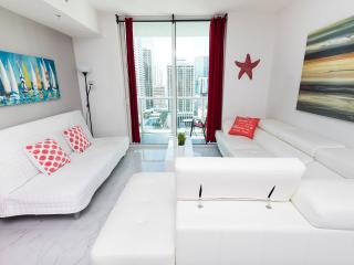 Luxury Apt 2b/2b Ocean/City Views Dwntw Brickell - Coconut Grove vacation rentals