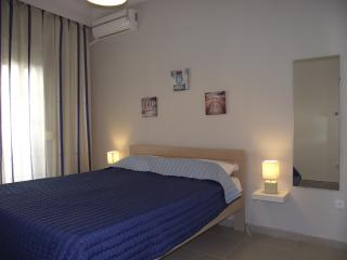 Seaview apartment 10min away from city center - Thessaloniki vacation rentals