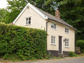 WOODLANDS, woodburner, WiFi, walks from the doork, pet-friendly, charming location, Hoxne, Ref. 925090 - Hoxne vacation rentals