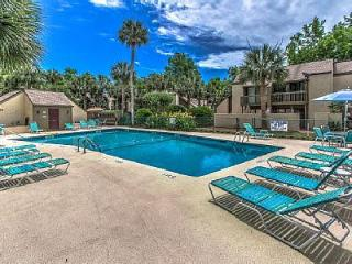 Up to 10%  Off  Forest Beach 2 Bd, Walk to Beach . - Hilton Head vacation rentals